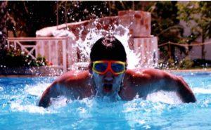 Tony Latorre, à ses 19 ans : Natation de compétition